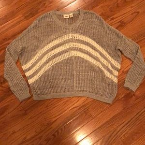 NWOT Daytrip Small Sweater!!